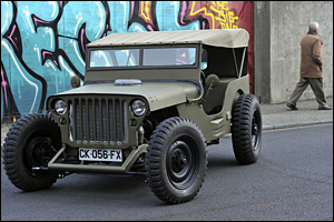 hot rod sur base de jeep willys j r me chabanne. Black Bedroom Furniture Sets. Home Design Ideas