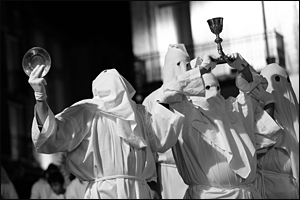 PROCESSION DES PENITENTS BLANCS